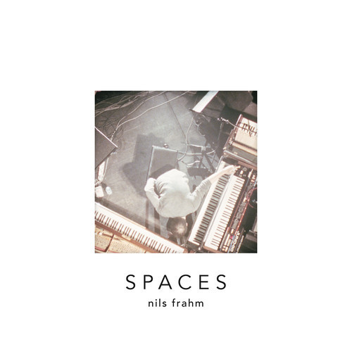 Fichier:Nils Frahm - 2013 - Spaces.jpg